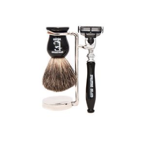 "Evolution Island ""Black Pirate"" Mach 3 Shaving Set"