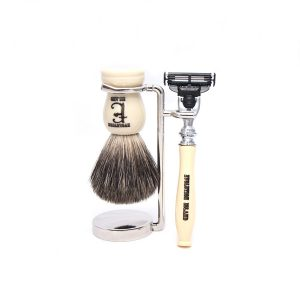 "Evolution Island ""Milky Way"" Mach 3 Shaving Set"